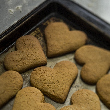 Heart cookies on tray-50-sq